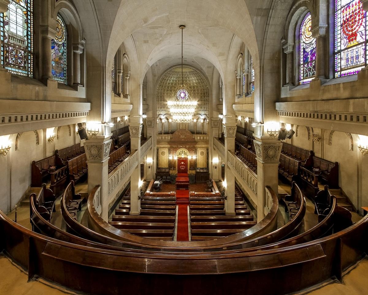 La sinagoga más vieja de Buenos Aires vuelve a lucir como cuando fue estrenada, hace ochenta y cinco años