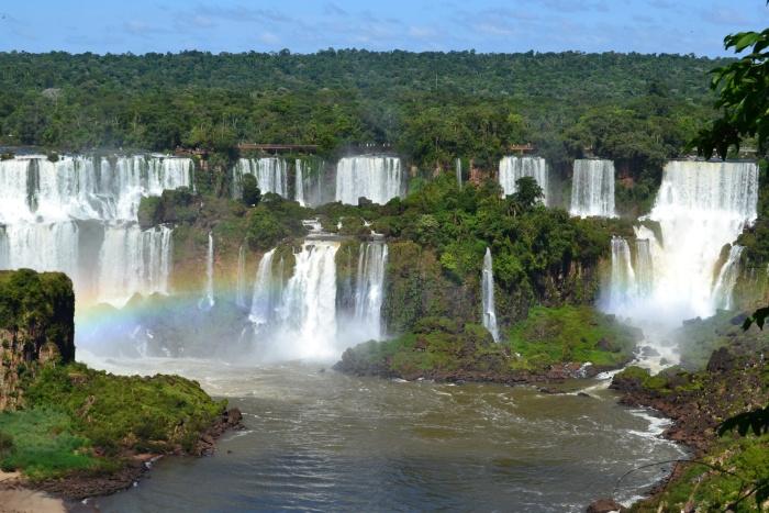 Las cataratas del Iguazú esperan recibir a miles de turistas estas temporadas