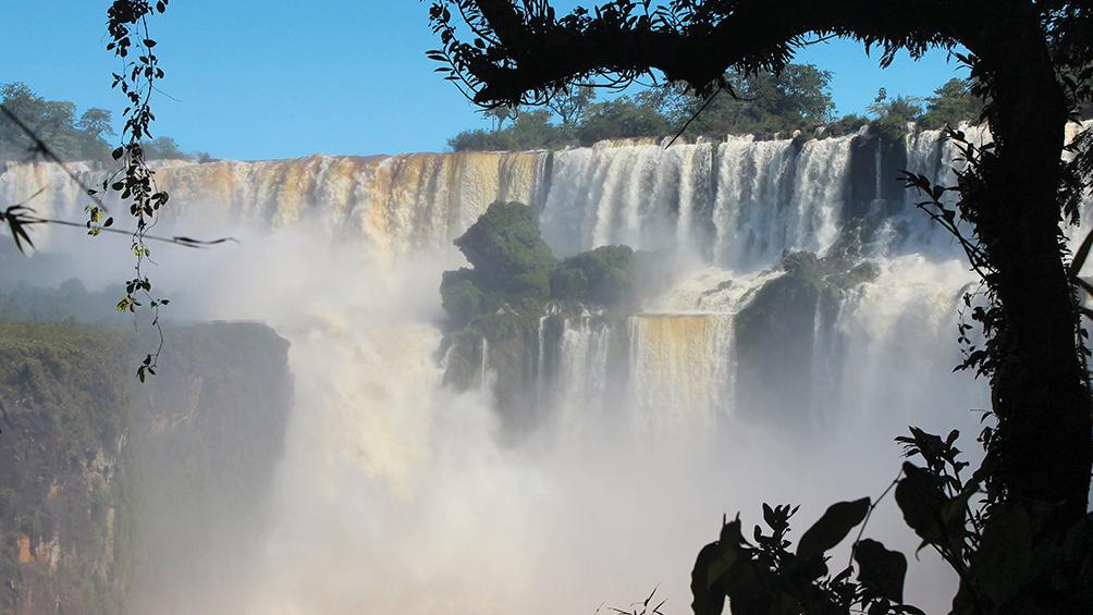 El Parque Nacional Iguazú superó los cien mil visitantes en la primera quincena de enero