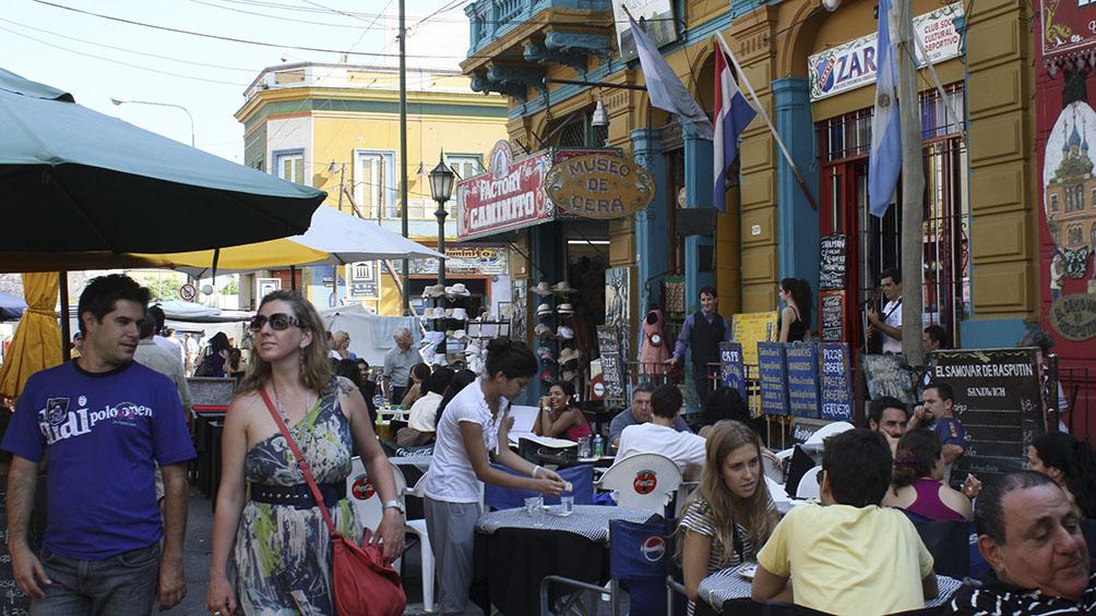 Prevén un incremento en la llegada de turistas extranjeros por la suba del dólar