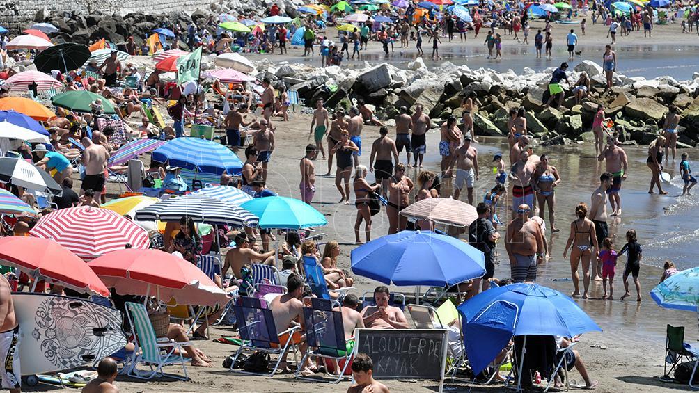 Las vacaciones en Argentina, hasta cinco veces más asequibles que en Brasil conforme un relevamiento