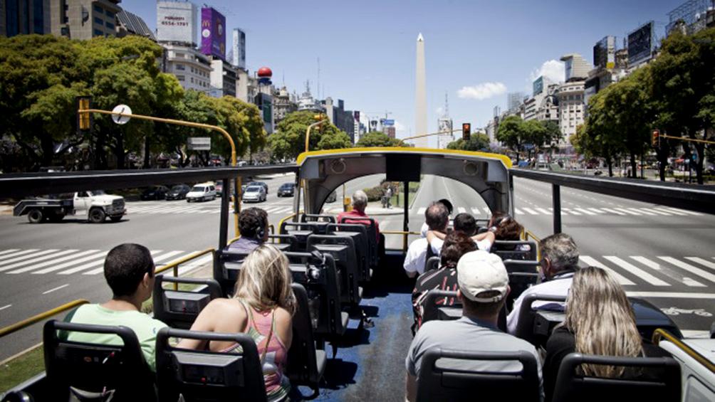 Aumentó un tres con cuatro por ciento  la llegada de turistas extranjeros a la Argentina