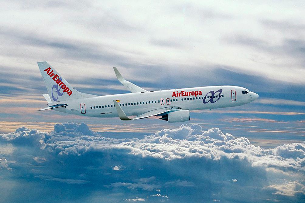 El primer vuelo directo la capital de España-Puerto Iguazú va a llegar el viernes