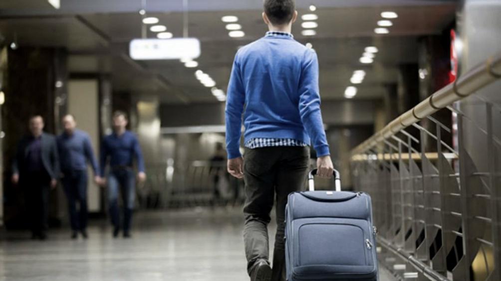 Por la crisis, autorizan el cierre temporario de agencias de viajes hasta fin de año
